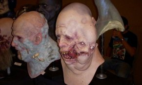 Jordu Schell's Sculpture Studio for Monsterpalooza '09